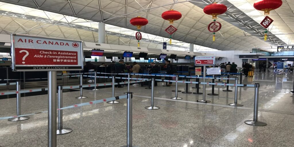 Air_Canada_Check-in_Counter_at_HKG