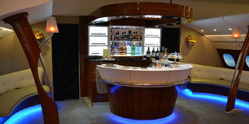 Emirates Onboard Experience