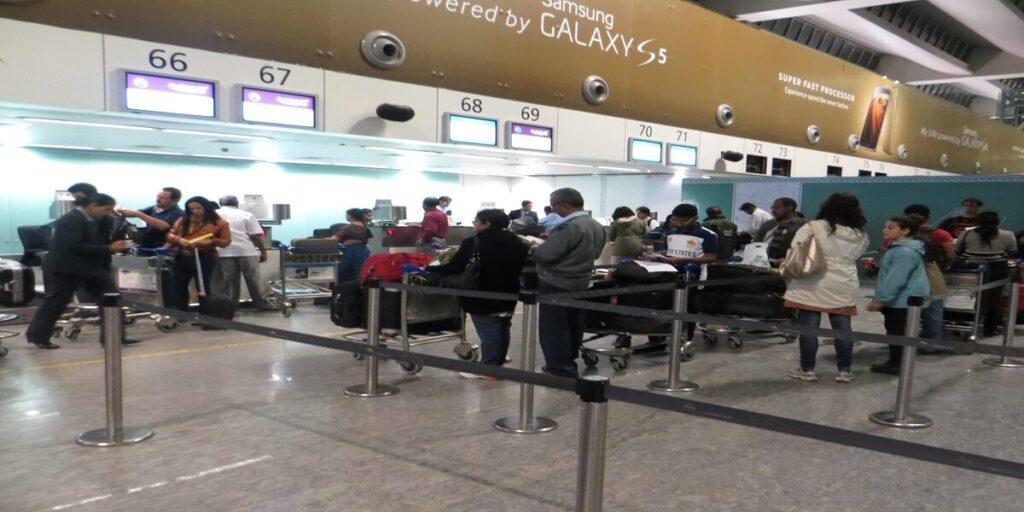 Qatar Airways check in desks at Kempegowda Airport