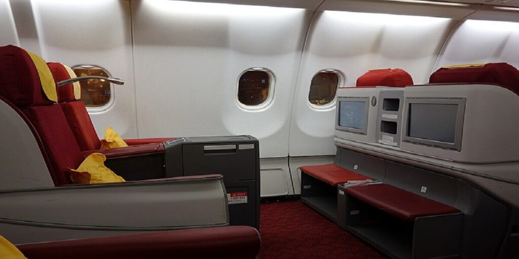 Hainan Airlines Business Class Seats and Legroom