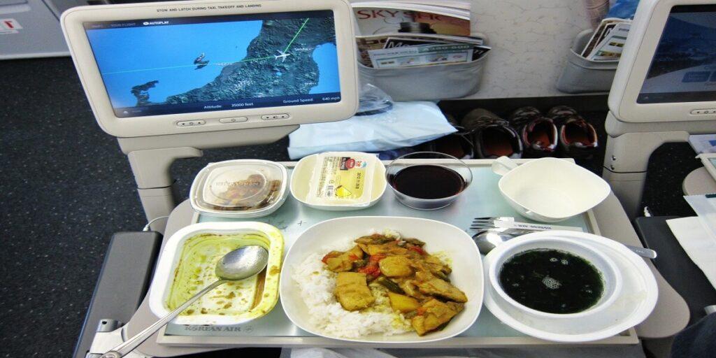 Korean Air Food and Beverages Reviews