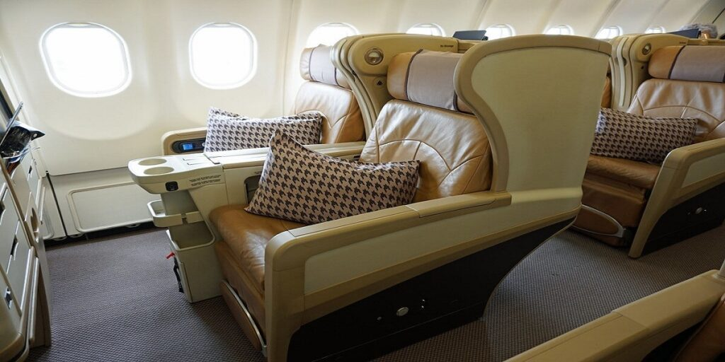 Singapore Airlines Business Class Seats Review