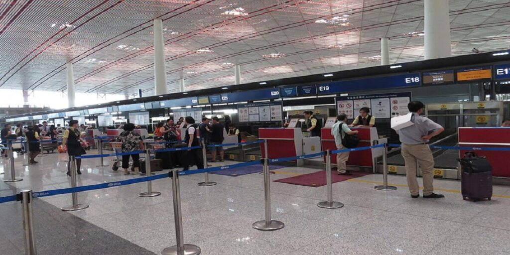 Singapore Airlines Check-in Counter